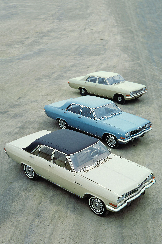 Die Großen Drei: Mit Diplomat A V8, Admiral A und Kapitän A (von vorne nach hinten) stieg Opel in Ober- und Luxusklasse ein.