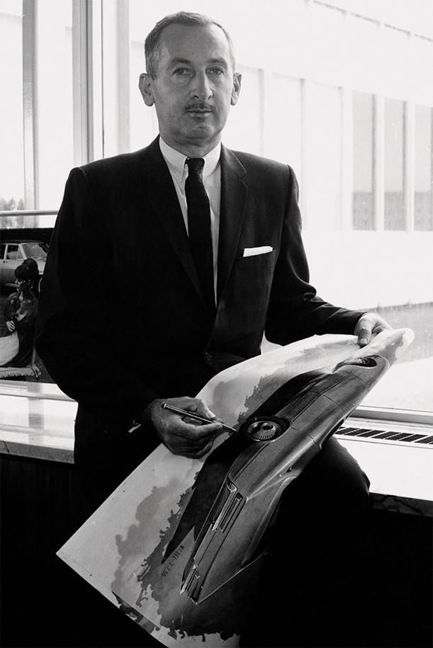 In den frühen 1960er Jahren fasste GM den Plan, die europäische Designabteilung entscheidend aufzuwerten. Dazu ernannten die Verantwortlichen zum ersten Mal einen Opel-Designchef: Clare M. MacKichan kam von Chevrolet und stand von 1962 bis 1967 an der Spitze des Opel-Designs. Er nahm das GM-Know-how auf, passte es dem deutschen Markt an und revolutionierte so das Automobildesign in Europa.