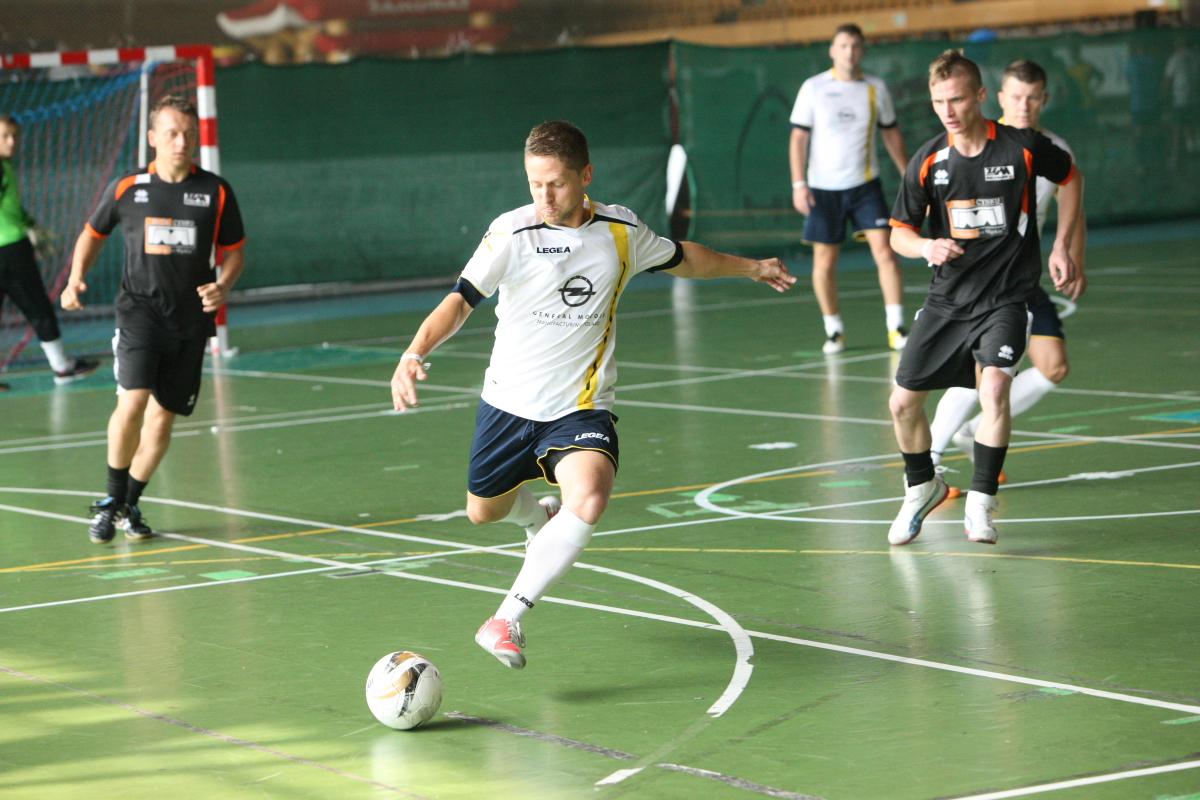 Szybkie akcje I dobre rozegranie piłki to klucz do sukcesu.