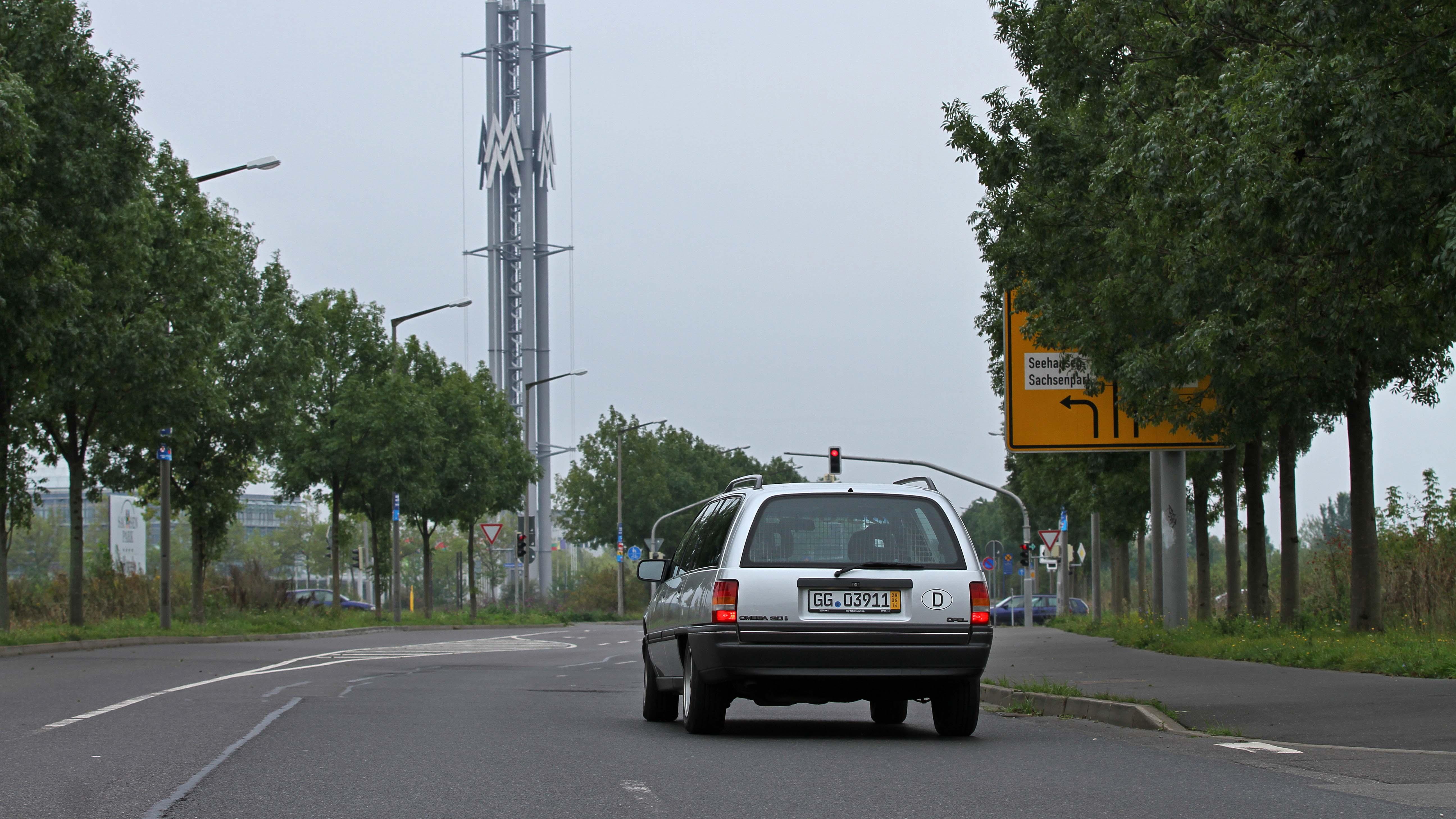 Opel_Omega_018