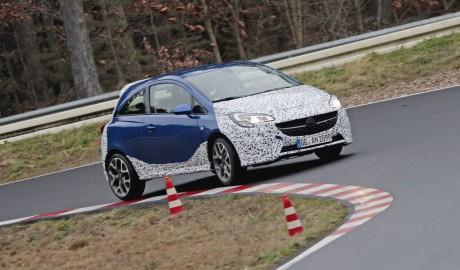 x Rennfahrer und Opel Botschafter Jockel Winkelhock und Opelchef Karl-Thomas Neumann erleben den Neuen OPC Corsa sowie den Adam-S