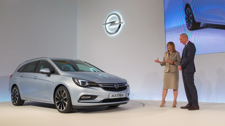 Opel_Astra_Welcome-12