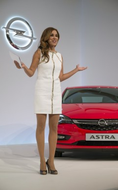 Opel_Astra_Welcome-13