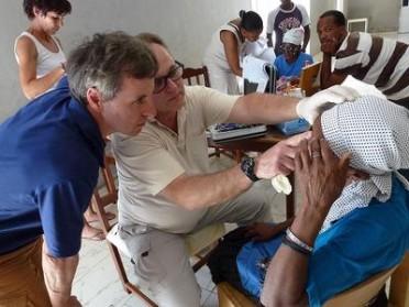 Augenuntersuchung auf den Kap Verden