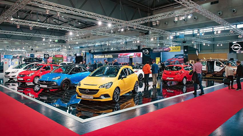 Der Opel-Stand auf der Vienna Autoshow 2016