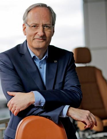 Portrait des Opel Sitz-Entwicklers Andrew Leuchtman
