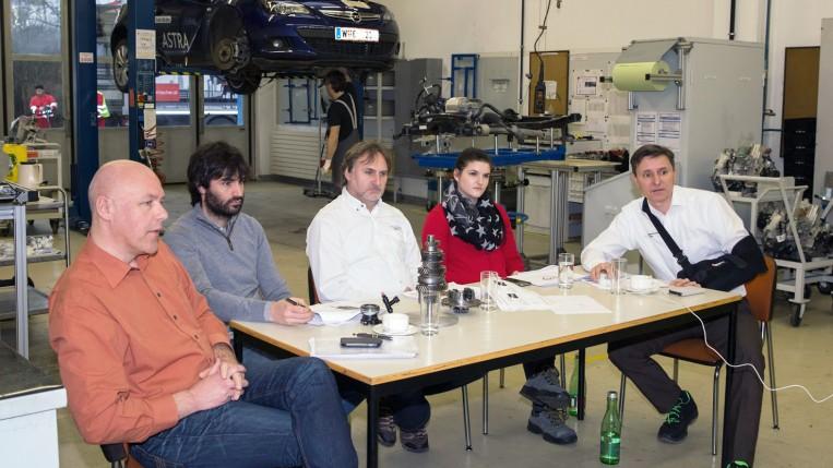 Training für Qualitätsingenieure aus den Kundenwerken (v.l.n.r.): Mario Fischer, Ignacio Dalda Rivas, Holger Schellenberg, Stefanie Wallner, Norbert Arocker