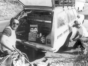 203964_Motorsport Rallye 70er JahrenOpel Admiral mit Heck eines D-Rekord Caravan, 1974nv.l.n.r. Bernhard Zech & Herbert Fabian