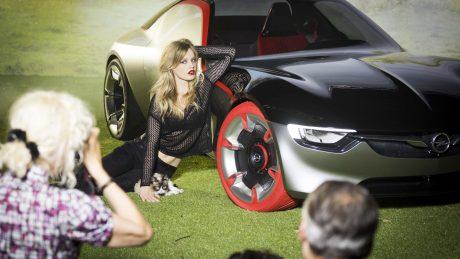 Opel calendar 2017 backstage