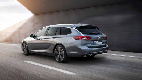 Opel-Insignia-Sports-Tourer-304055be