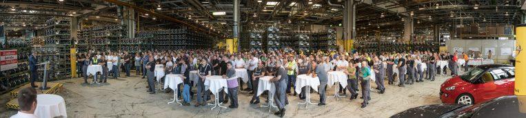 26. April 2017: 25 Millionen Getriebe – die MitarbeiterInnen feiern das Fertigungsjubiläum