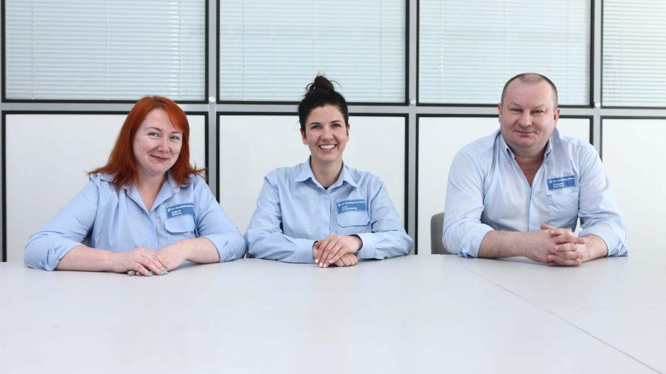 – Czekamy na tych, którzy chcą zdobyć dobry fach – mówią przedstawiciele Opla: (od lewej) Bożena Baldysz, Anna Maksymowicz, Grzegorz Kucharek.