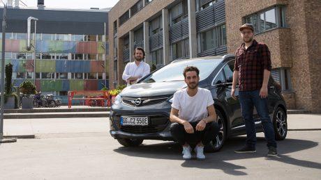 16_9_Opel-Ampera-e-Richard-Brzozowski-Philip-Werner-Max-Fischer-297164